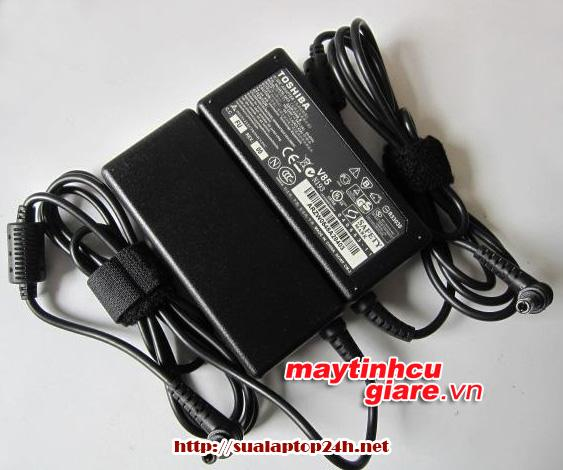 Adapter TOSHIBA 19V- 3.42A